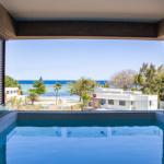 Manta Cove - Premium